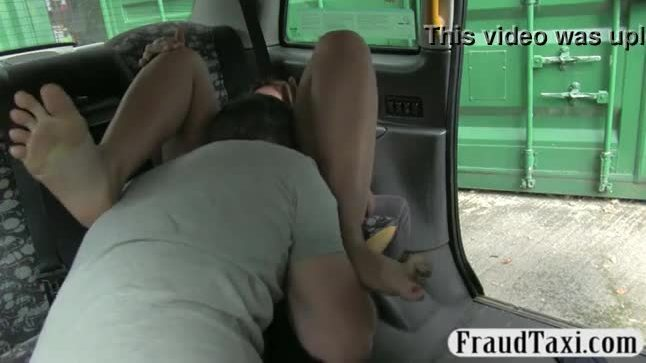 Slutty amateur passenger offered pussy for free taxi fare